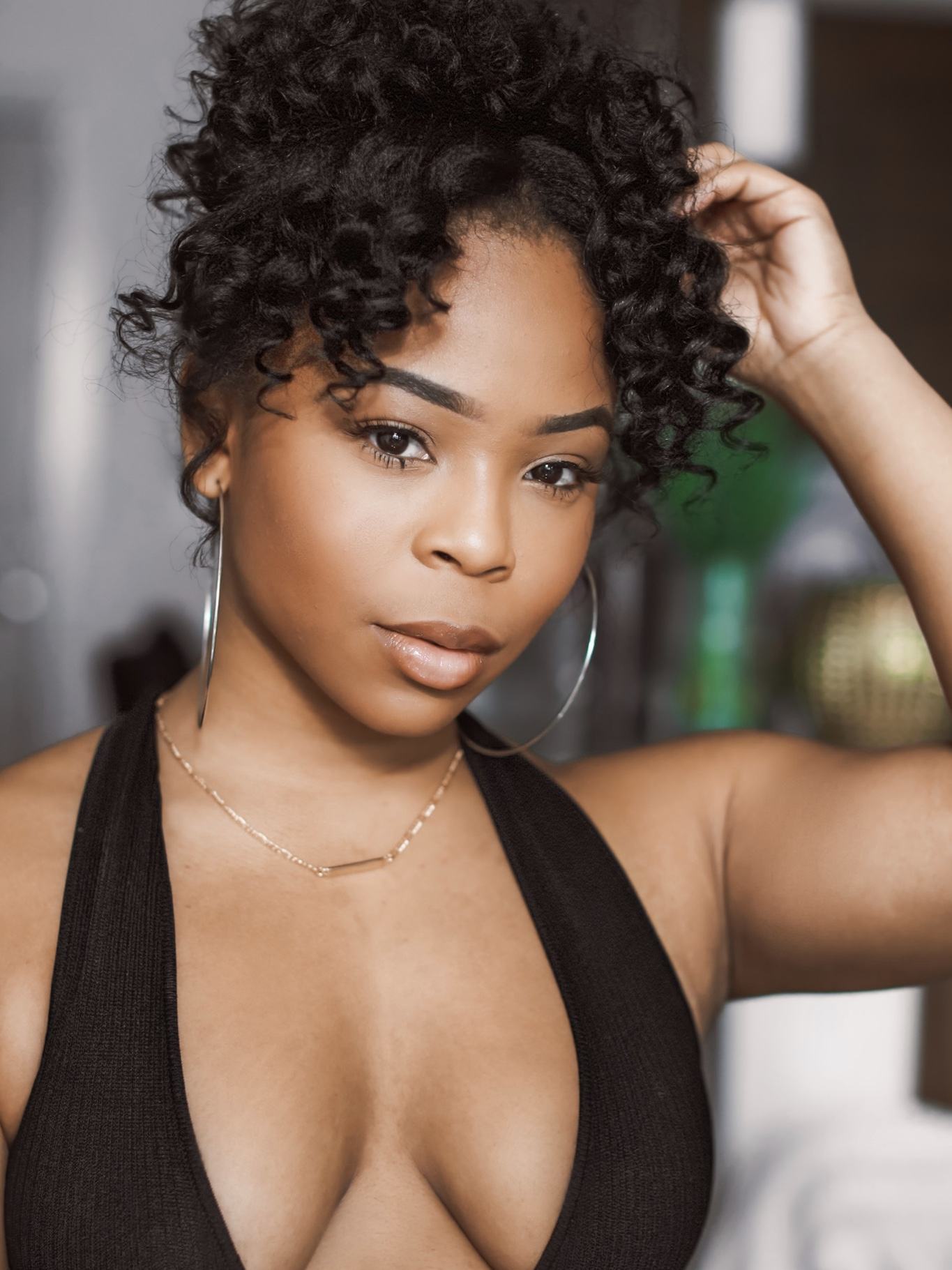 Spring Hairstyle: pineapple tutorial for short natural hair