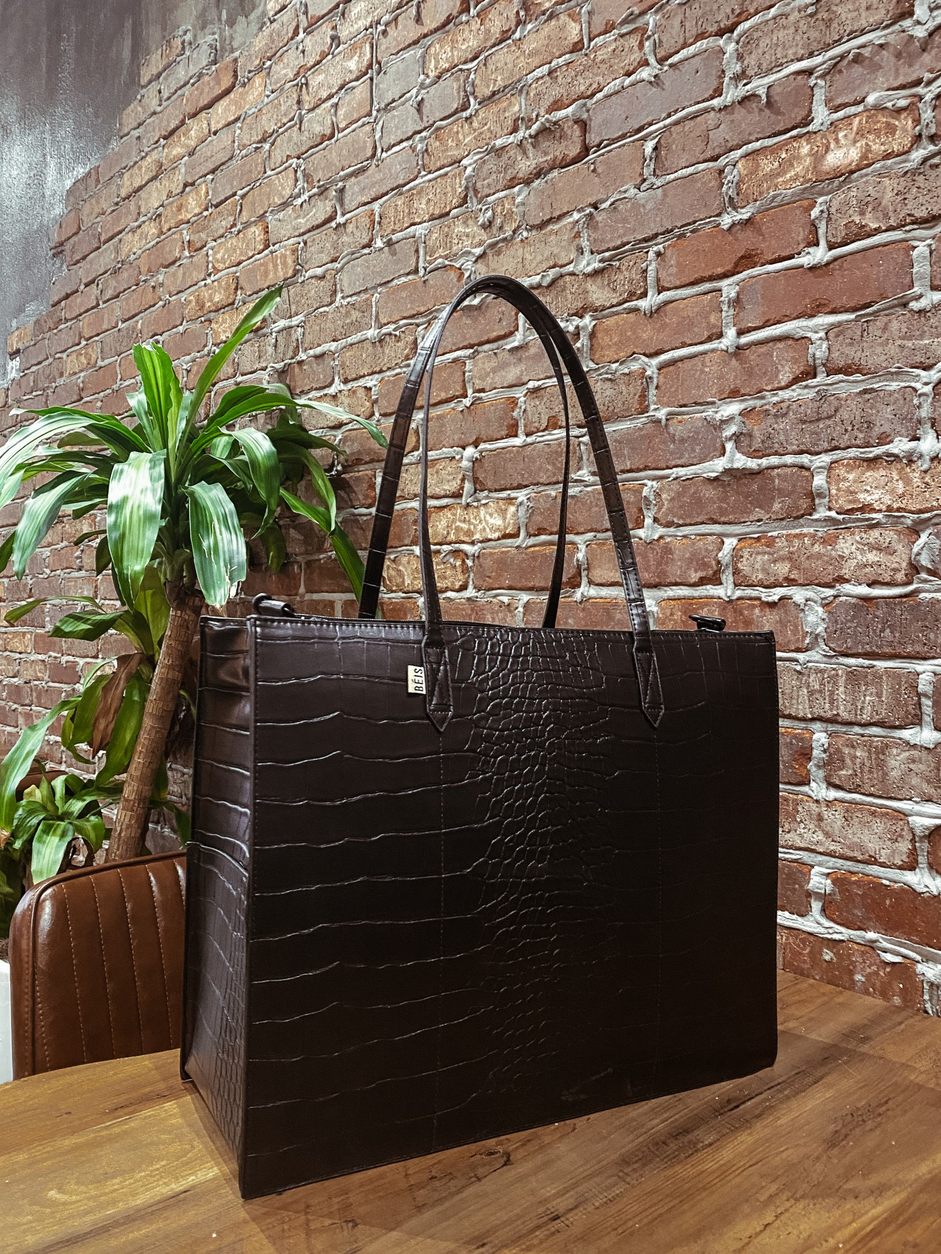 The Ultimate Tote Laptop/ travel Bag